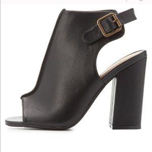 Shoes - ☀️Peep toe booties☀️